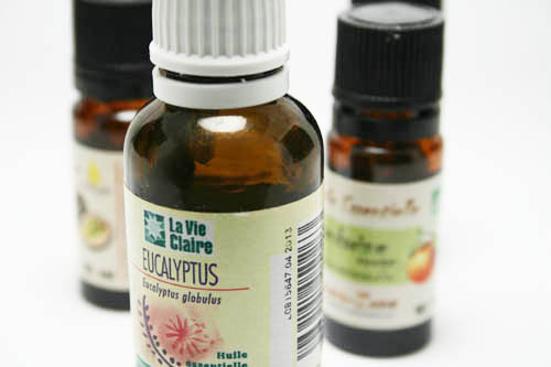 Flacon de 10 mL d'huiles essentielle d'eucalyptus