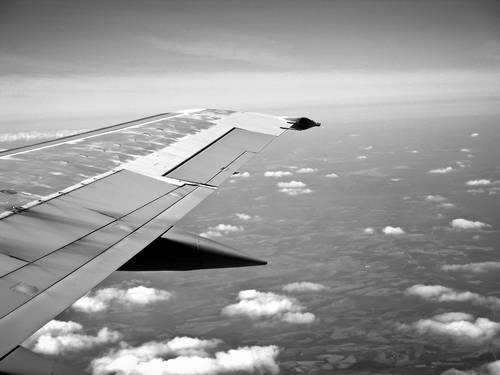Avion de ligne en plein vol