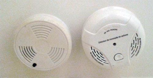 Les détecteurs se déclenchent dès l'apparition de fumées.